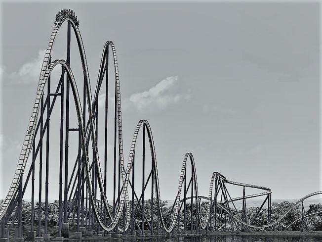 7c85df12cff6738e67037f28b03a9bd6--roller-coasters-amusement-parks